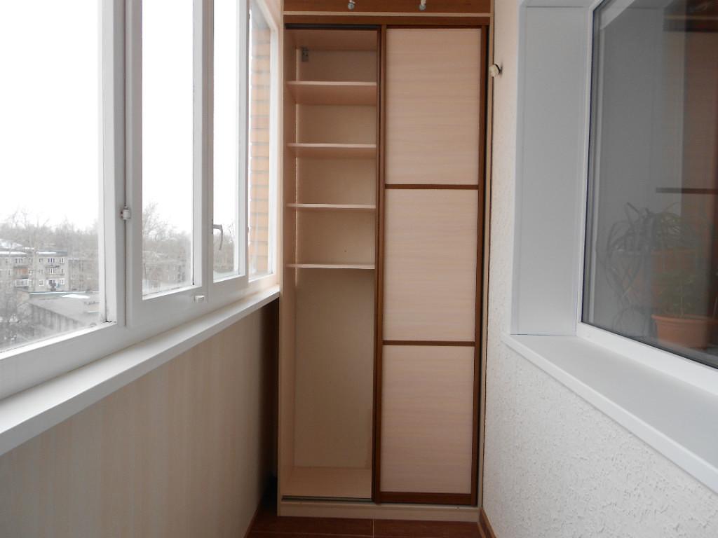 Шкаф на балкон - 74 фото невероятно удобных компактных решен.